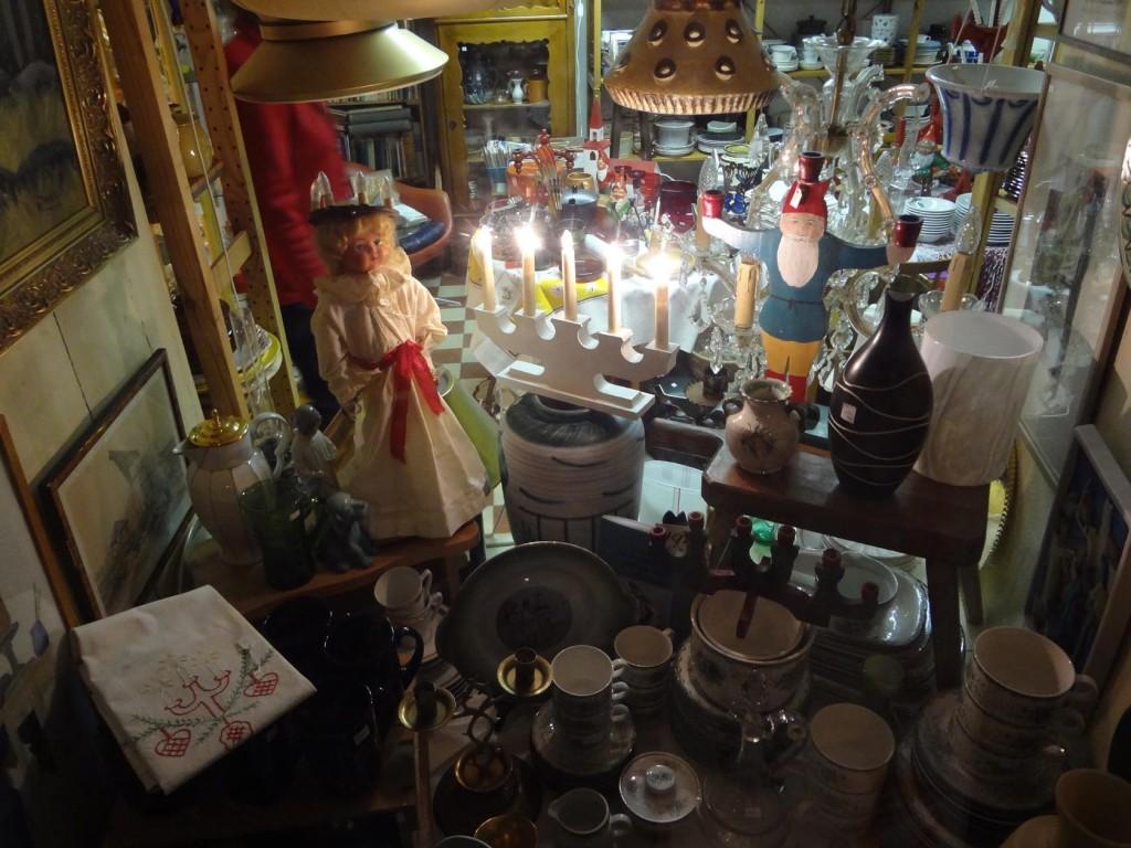 Julstämning i antikaffären Utsigten på Borgmästarekajen