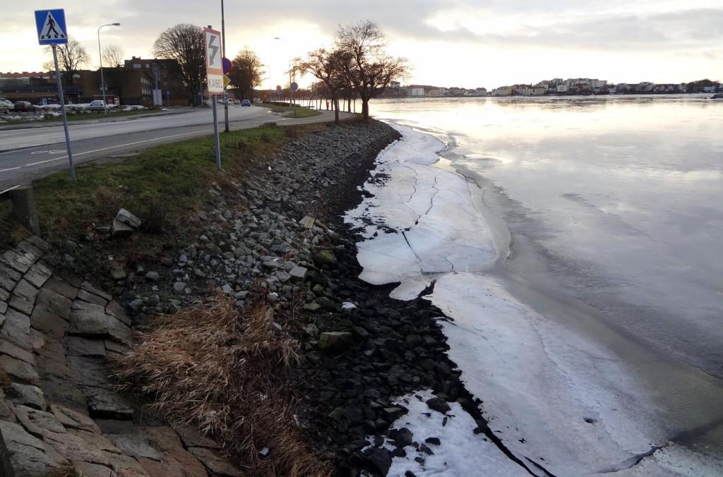 Lågt vattenstånd vid Borgmästarekajen