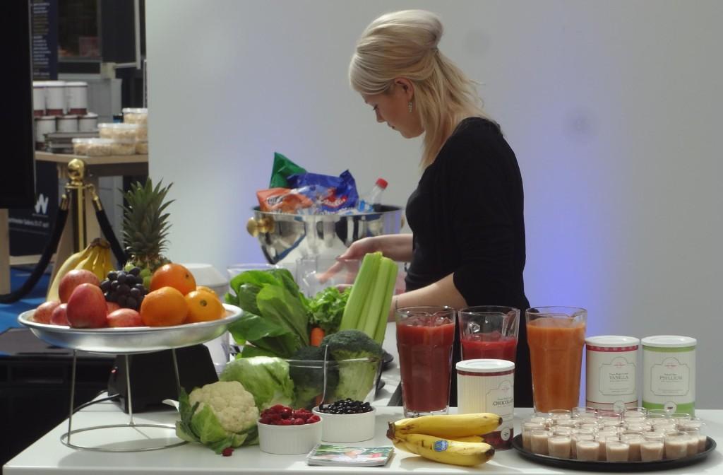 Frukt- grönsaksjuice till frukost
