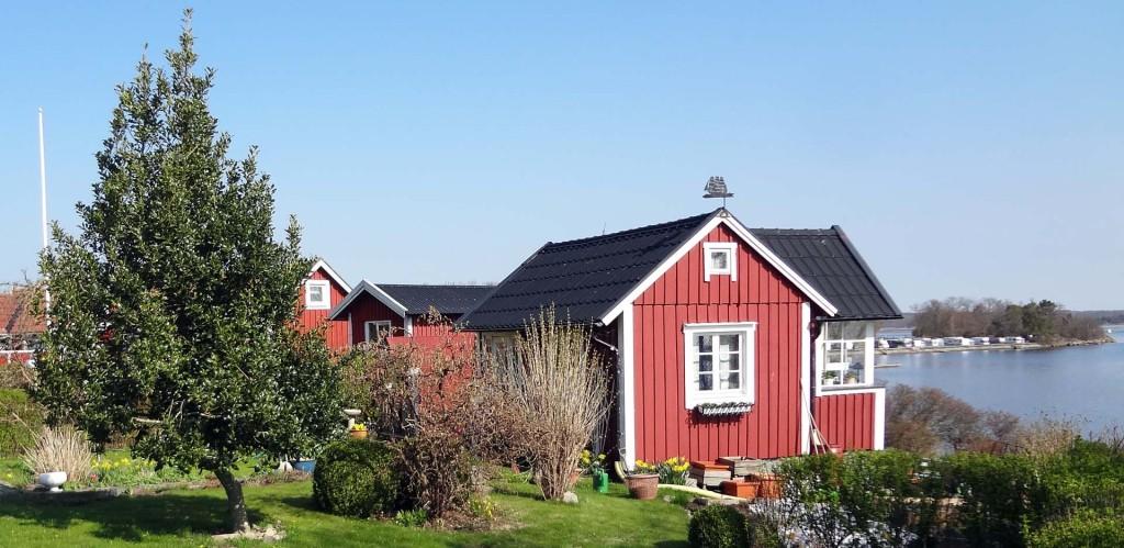 Norrsidan på Brändaholm med Dragsö till höger