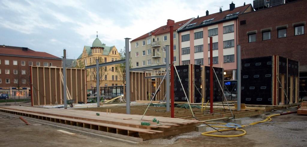 Bygget i parken fortskrider