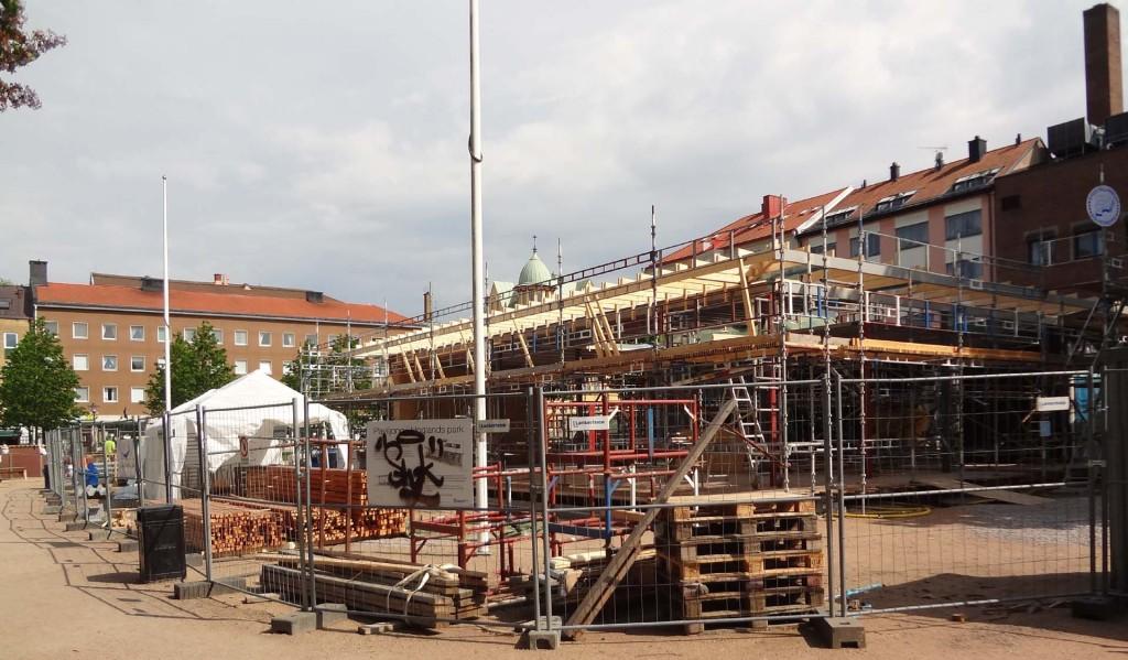 Bygget i Hoglands park igen - 2013-05-31