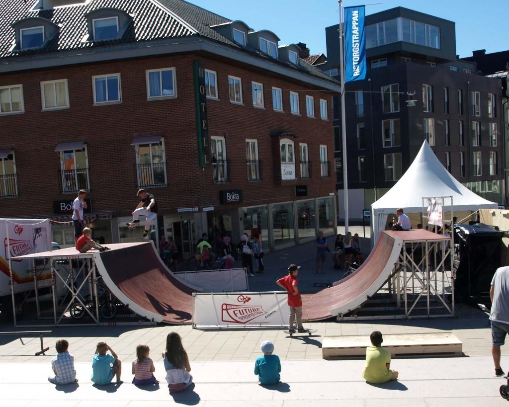 Skateboard på Hötorget