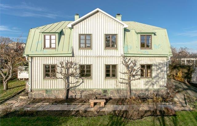 Vilket enormt intresse för Vikingagatan 19 på Långö!