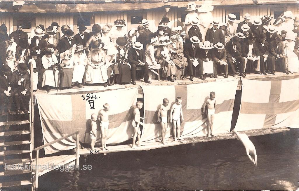Inne i Saltsjöbaden 1912!