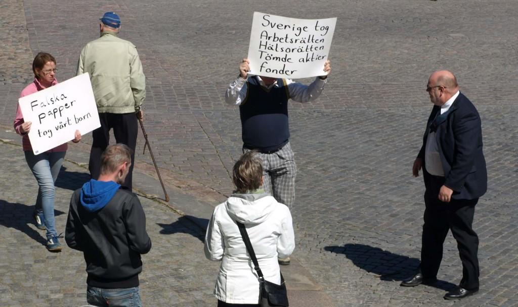 Okända demonstranter?