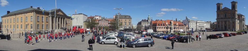 Översikt över Stortorget den 1 maj 2014 klockan 12.00