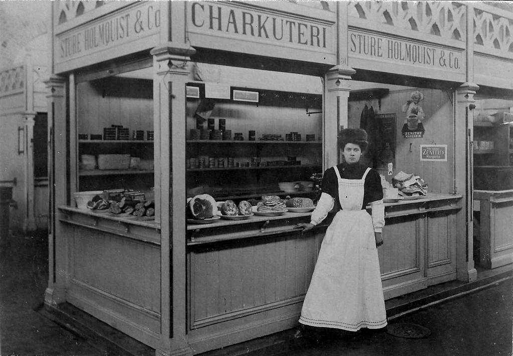 "Charkuteri Sture Holmquist & Co."" i Karlskrona Saluhall."