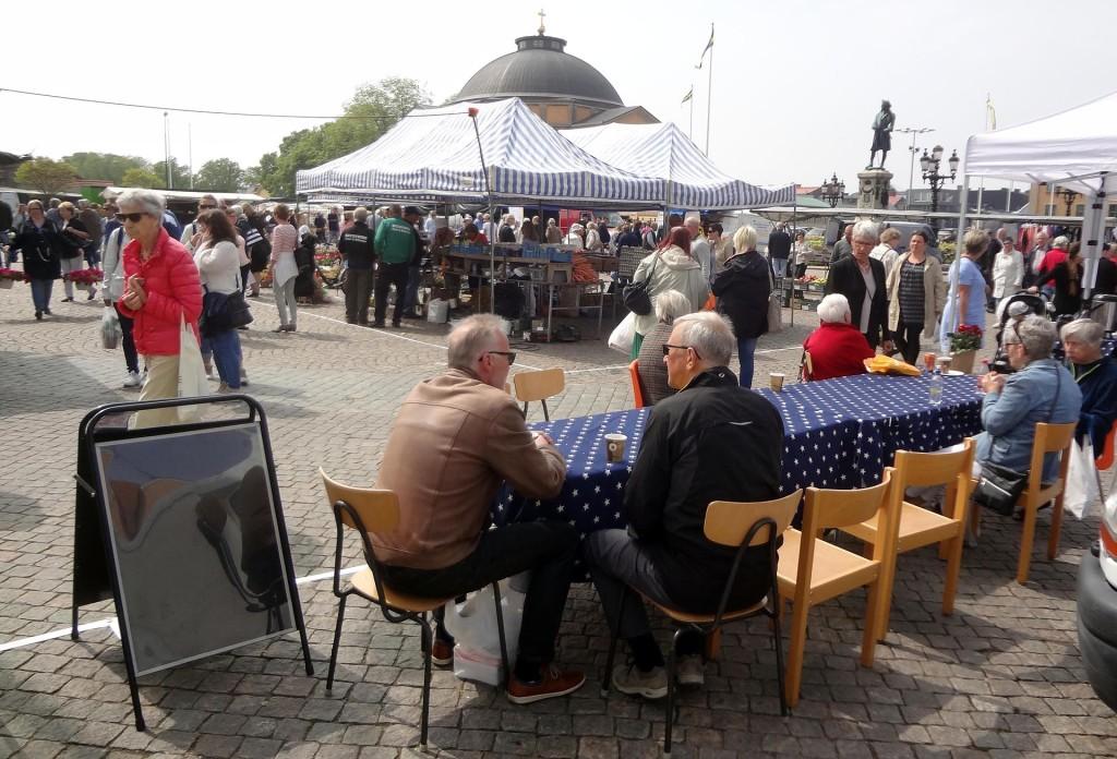 Vårmarknad på Stortorget i Karlskrona 21 maj 2016