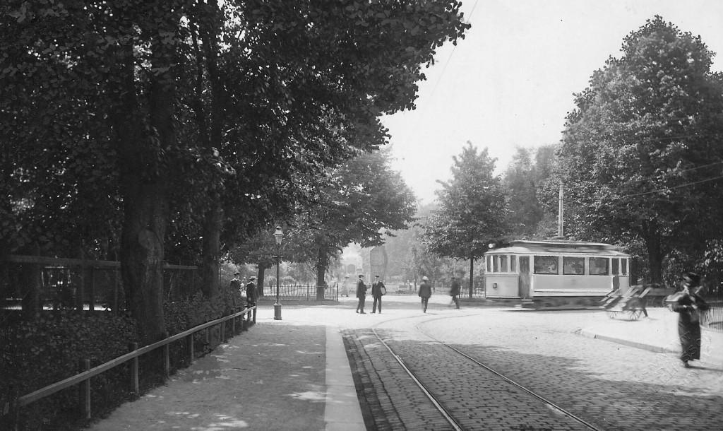 Spårvagn i Hoglands park