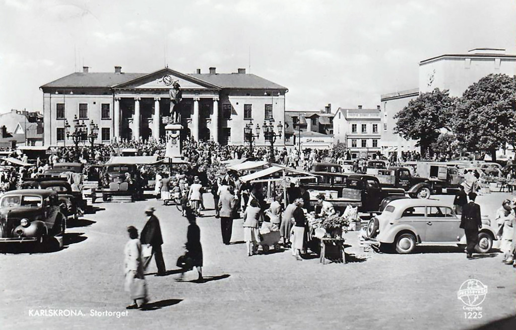Folkliv på Stortorget 1957