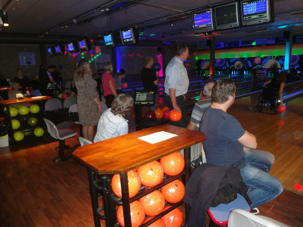SD Karlskrona mot SD Ronneby i bowling