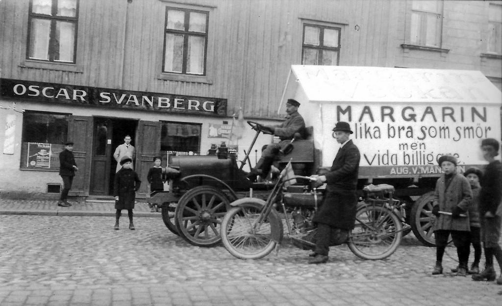 Oscar Svanbergs affär på Drottninggatan 13