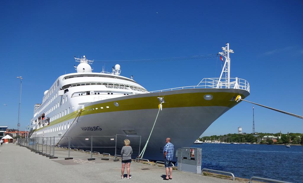 M/V Hamburg i hamnen