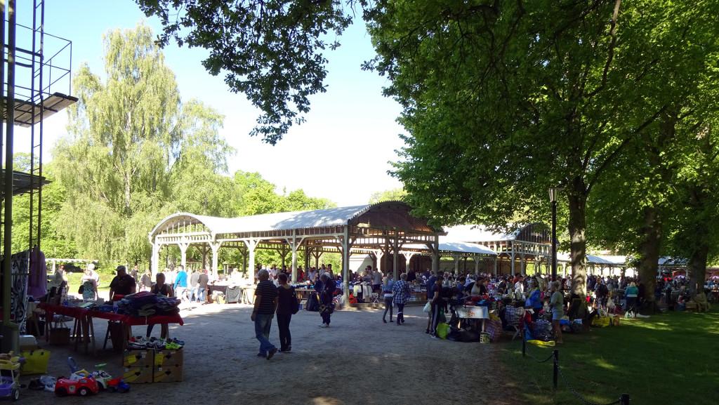 Loppmarknad i Brunnshallarna i Ronneby den 28 maj 2017