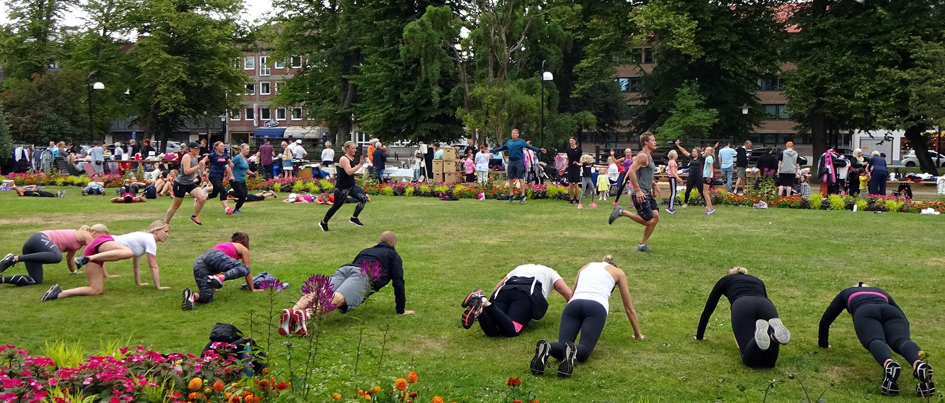 Dagens gympa i parken « Karlskronabloggen