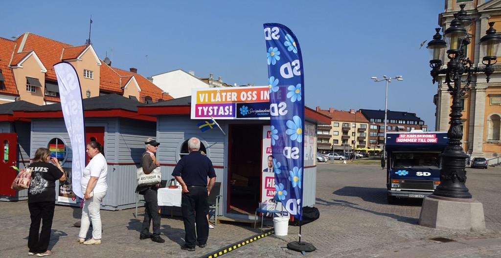 Kort besök vid SD Karlskronas valstuga