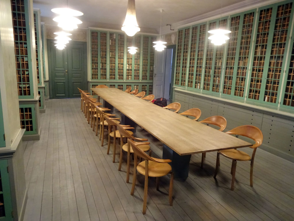 """Carlskrona Läse Sällskaps Bibliothek"""