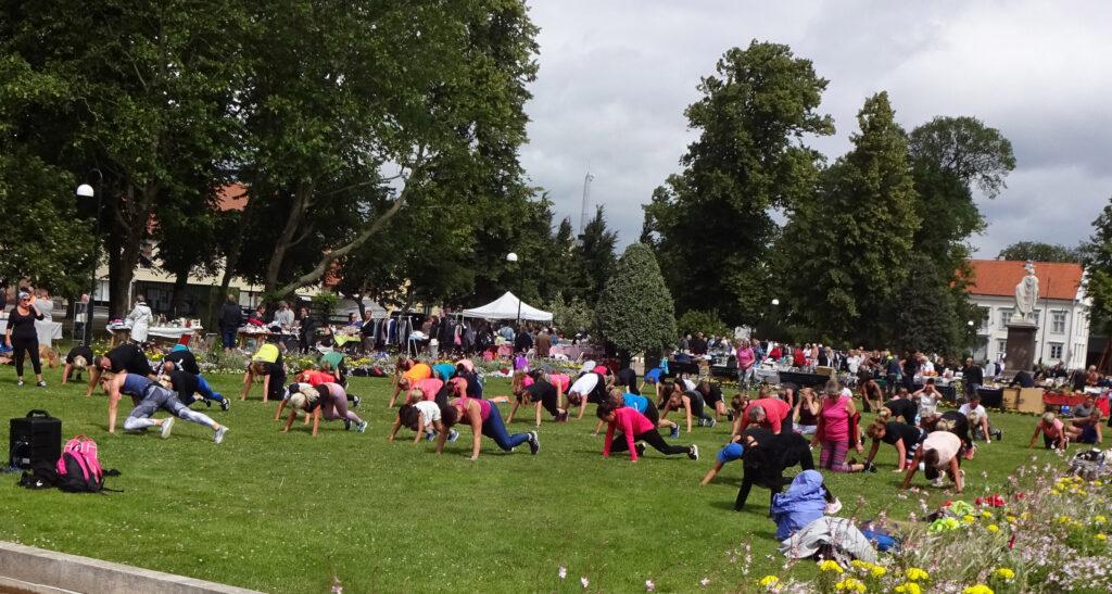 Tisdagsgympa i Hoglands park