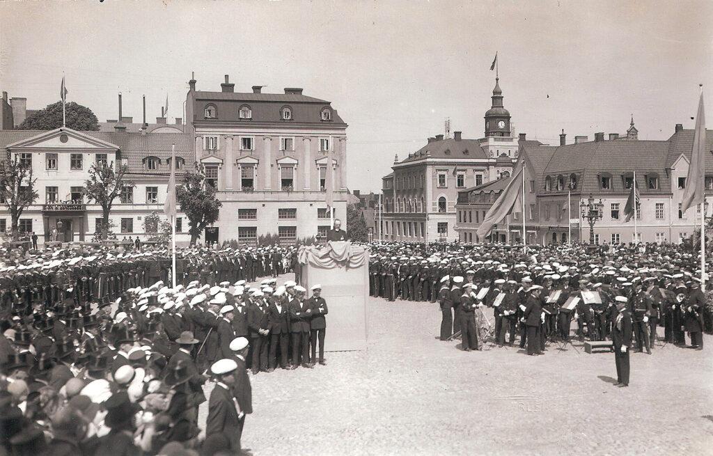 Festligheter på Stortorget 18 juni 1930