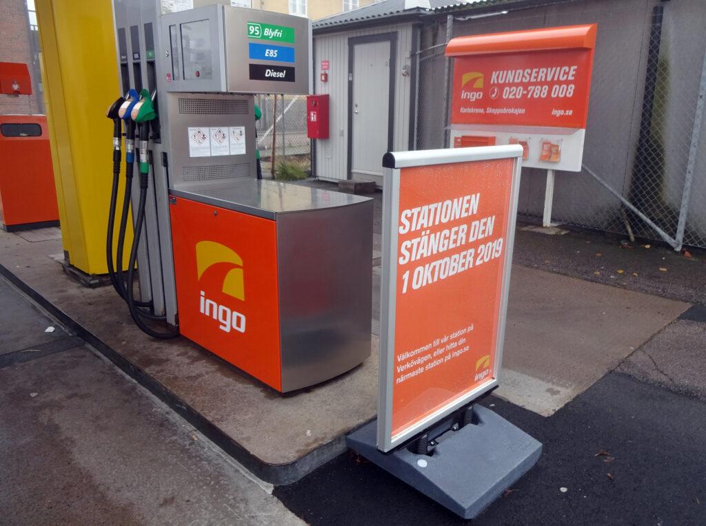 Ingo stänger vid Skeppsbrokajen